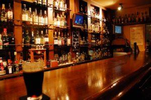 バーで飲む【定番】