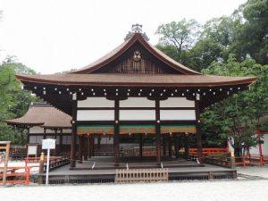 公園、寺、神社まで散歩に行くのもアリ