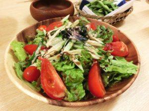 【トーク術④】サラダ取り分けアピールをする